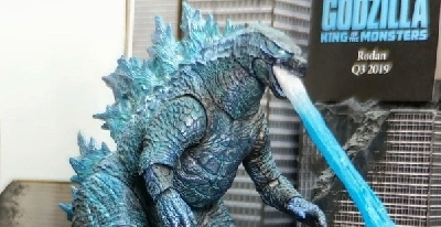 Toy Fair 2019: NECA Godzilla 2019 Atomic Blast Version Figure Revealed!