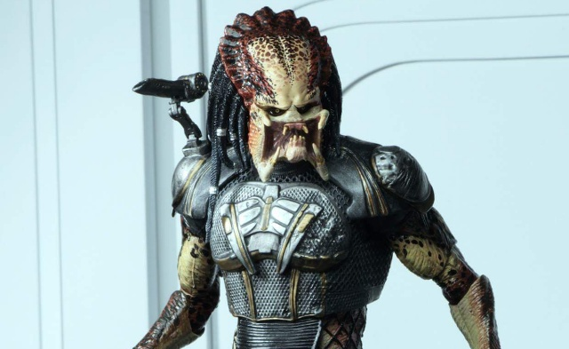 The Predator Movie Toys: Fugitive Predator NECA Figure Images and Details!