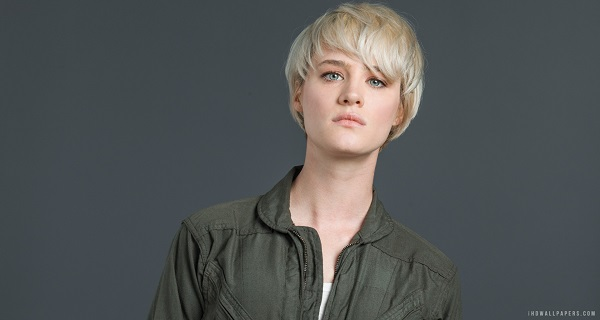 Actor Mackenzie Davis joins the Blade Runner 2 Cast!