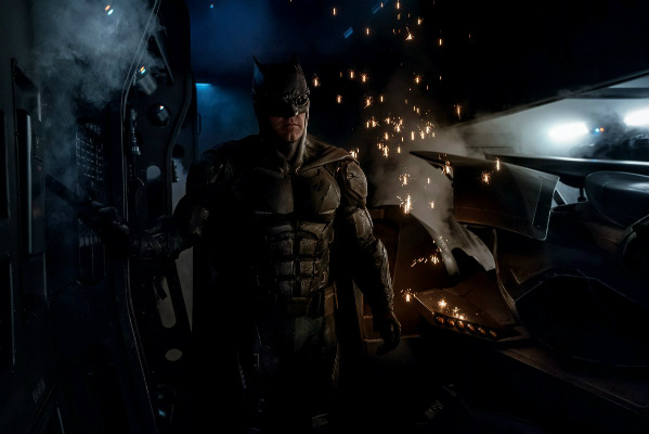First Look At Batman's Tactical Suit In Justice League