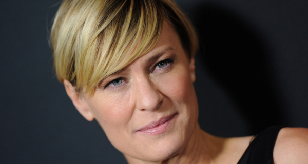 House of Cards star Robin Wright joins cast of Blade Runner 2!