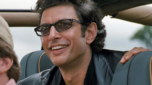 Jeff Goldblum describes the return of Ian Malcolm in Jurassic World 2!
