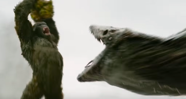 Kong Weaponizes a Boulder in Skull Island Clip