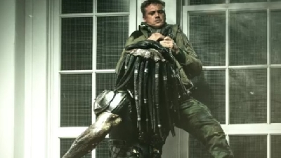Another The Predator (2018) movie image hits the web!