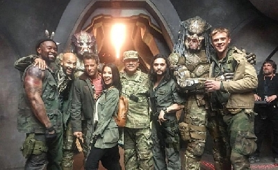 More behind-the-scenes photos from The Predator surface online!