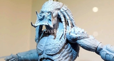 New close-up view of Assassin Predator NECA figure from SDCC!