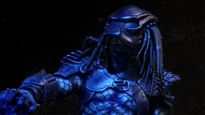 New Predator: Hunting Grounds DLC gameplay footage shows the City Hunter from Predator 2 in action!
