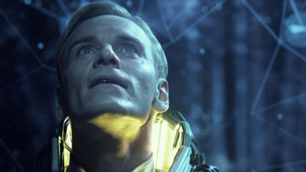 Michael Fassbender will play two androids, 'David' and 'Walter' in Alien: Covenant!