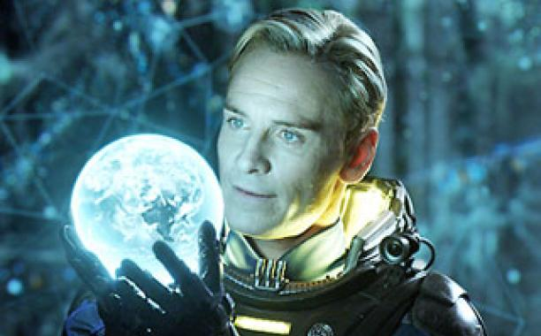 Michael Fassbender talks his new Alien: Covenant android, Walter!