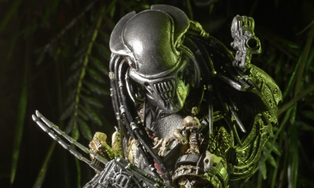 NECA releases bio for AvP 3 Alien Head Predator!