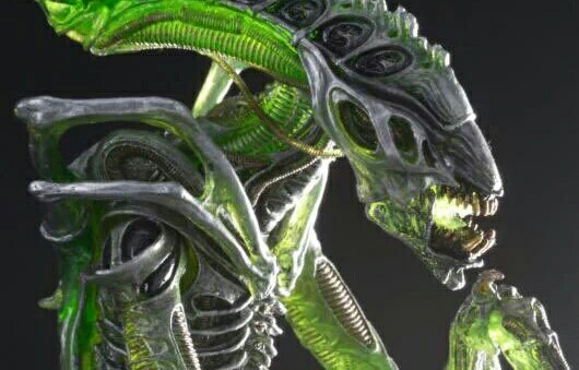 NECA unveil their new Series 10 Mantis Alien figure ahead of Comic-Con!