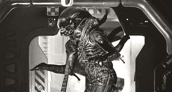 Rare Behind-the-Scenes Photos from the Set of Alien (1979)