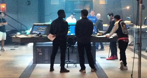 Scott Eastwood and John Boyega prepare for Kaiju in new Pacific Rim 2 set photo!