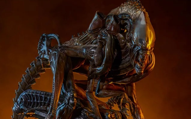 Sideshow's new Mythos Alien collectible is everything we've been waiting for!
