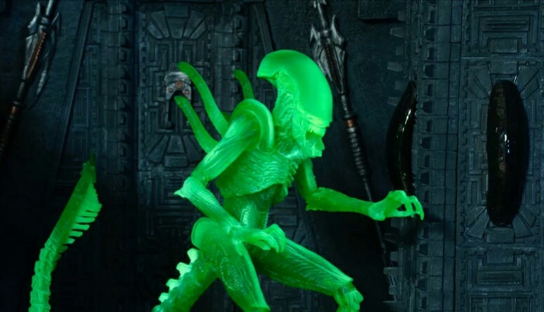 NECA announce Thermal Vision AvP Xenomorph figure!