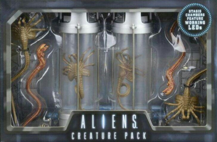 New preview of NECA's Aliens Creature Pack packaging!