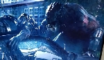 Super Predator attacks other Yautja in the first official The Predator (2018) TV spot!