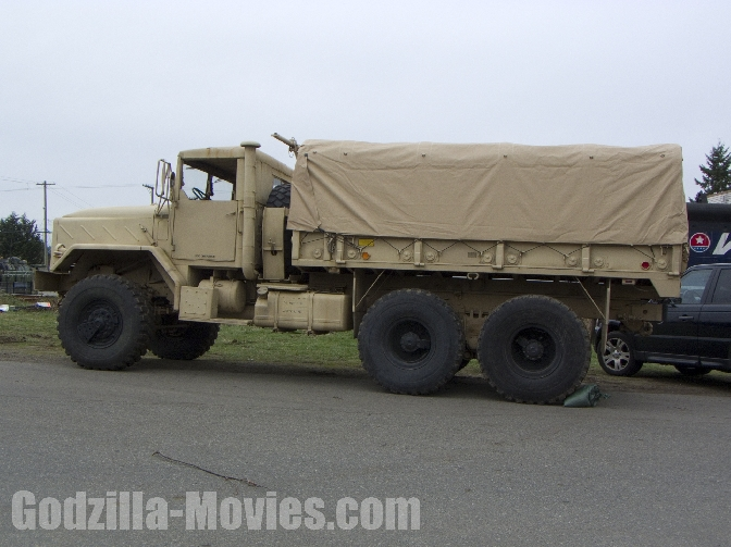 Godzilla 2014 Set Pics - Military Truck