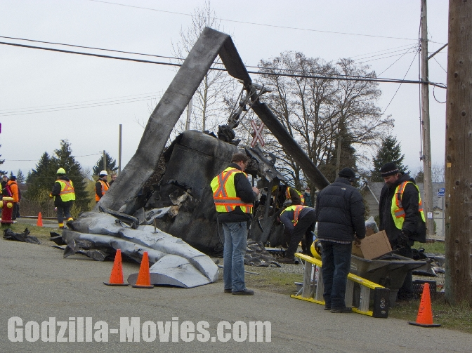 Making the Godzilla 2014 Set