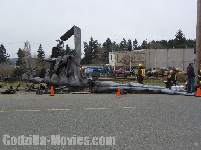 Another look at the crashed Chopper - Godzilla 2014 Set Photo