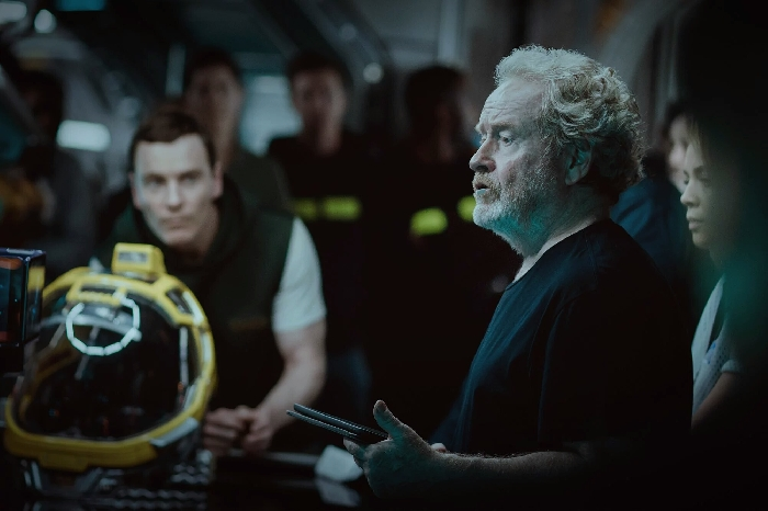 Ridley Scott and Michael Fassbender on Alien: Covenant Set