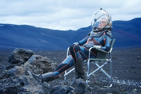 Vickers Relaxing on the Prometheus Set