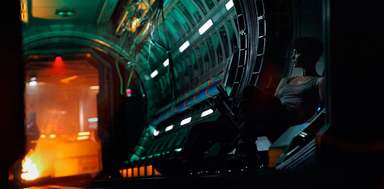 Katherine Waterston in Alien: Covenant (HD)