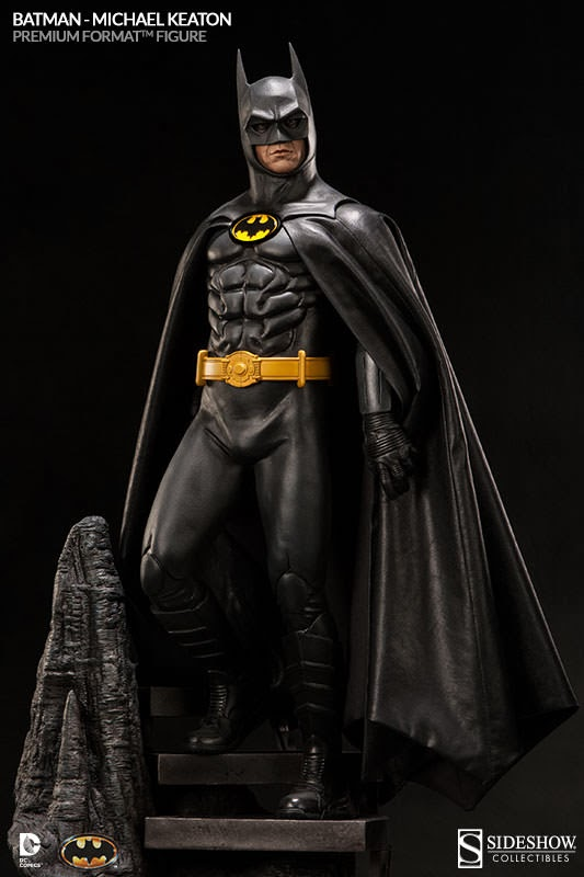 Sideshow Fully Reveals Batman Premium Format Figure