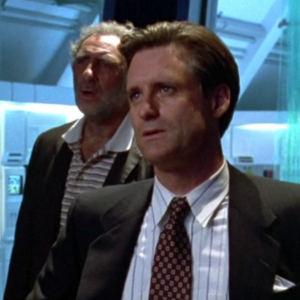 Bill Pullman and Judd Hirsch Confirmed For Independence Day 2!