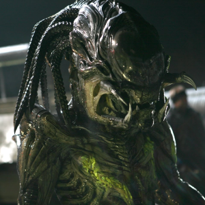 Check out this Behind-The-Scenes Rooftop Battle Scene from Aliens vs Predator: Requiem