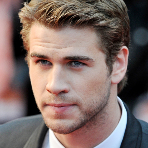Liam Hemsworth in talks to star in Independence Day 2!