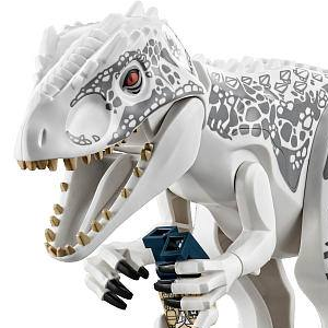 Close-Up view of LEGO Jurassic World Indominus Rex and Characters!