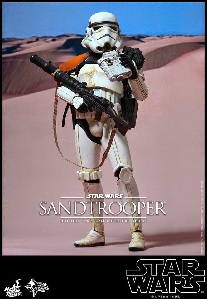 Check Out The Hot Toys Star Wars Sandtrooper Figure