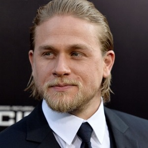 Is Charlie Hunnam Abandoning Pacific Rim 2?