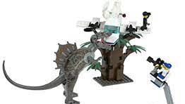 Was The Spinosaurus Attack Film Studio ever a real LEGO set?