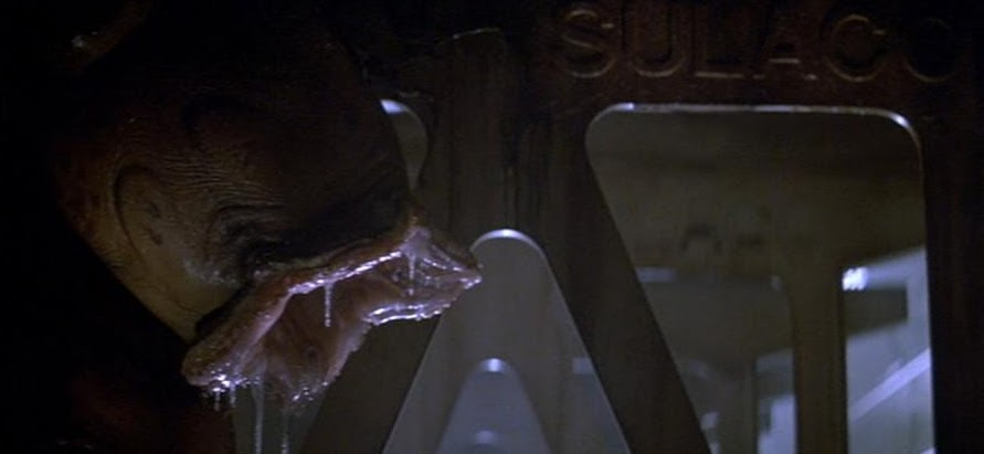 How did a Queen egg end up inside the Sulaco?